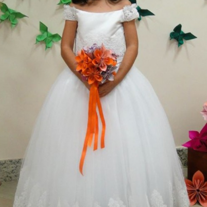 Off the shoulder flower girl dress..