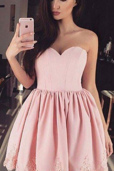 Pink Strapless Sweetheart Lace Short Homecoming Dress