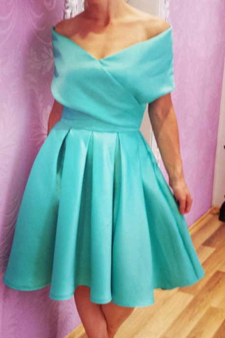 swing party dress,short mini ball gowns,mint green homecoming dress,short prom dresses