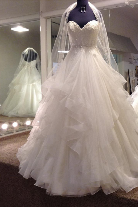 Lace Appliques Sweetheart Floor Length Tulle Ruffled Wedding Gown