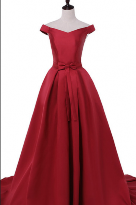 The red ball gown was a formal evening dress ball gown
