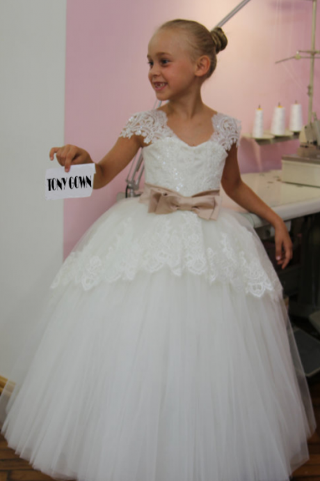 NEW Beautiful White Lace Kids Evening Gowns Bow Belt Tulle Flower Girl Dress Pageant Dresses For Girls Glitz